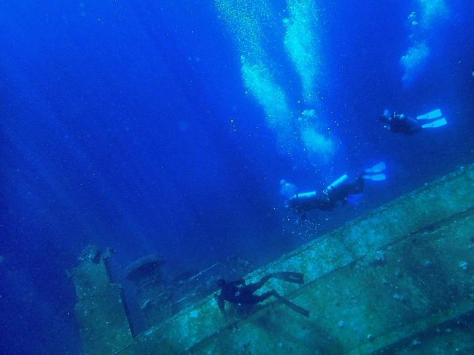 Freediving at the wreck of Cedar Pride, Jordan (2014)