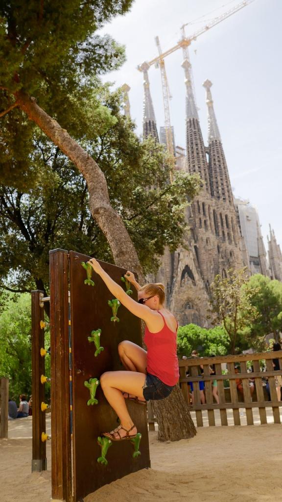 Kiipeilyä Barcelonassa 5.8.2015. Kuva: Jani Lehtola.